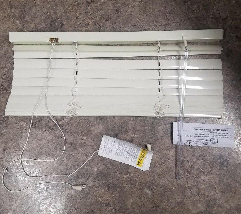 1 aluminum blinds alabaster color 26 x